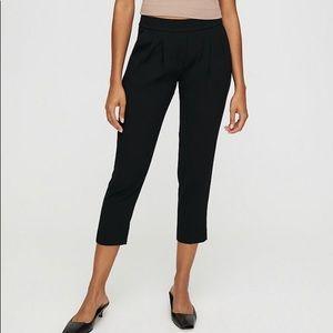 Aritzia - Babaton Black Pleated pants size 4